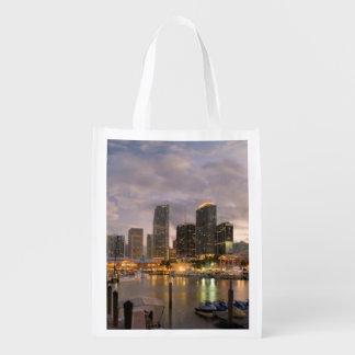 De financiële horizon van Miami bij schemer Herbruikbare Boodschappentas