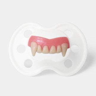 De Fopspeen van de Tanden van de vampier
