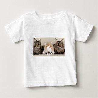 """De Foto van de studio - 3 Katten die """"Kaas """" Baby T Shirts"""