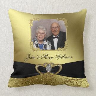 De Foto van het Jubileum van de gouden bruiloft Sierkussen