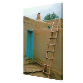 De Foto van Pueblo van Taos Canvas Print