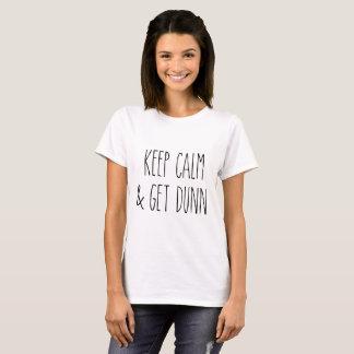 De Geïnspireerde T-shirt van Rae Dunn - houd Kalm