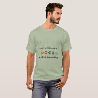De gekleurde Babysitter van het Huisdier van de T Shirt
