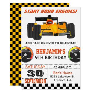 De gele het Rennen van de Raceauto Uitnodiging van