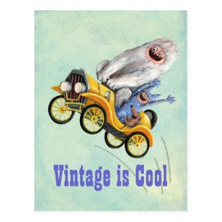 De gele Vintage Auto van het Monster Briefkaart