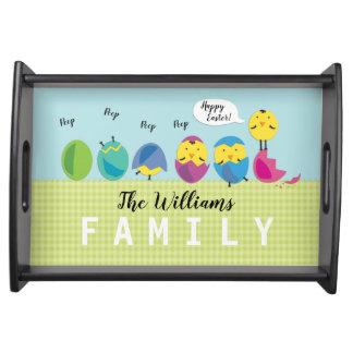 De gelukkige Familienaam van het Kuiken van Pasen Dienblad