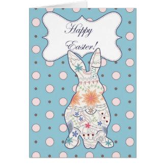 De gelukkige kaart van Pasen met konijnwijnoogst
