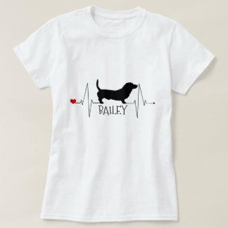 De gepersonaliseerde Liefde van Basset Hound Mijn T Shirt