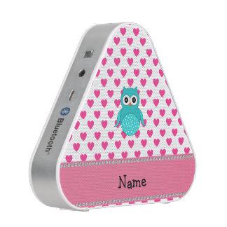 De gepersonaliseerde roze harten van de naam leuke bluetooth luidspreker