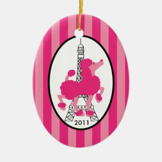 De gepersonaliseerde Roze Poedel Parijs van het Keramisch Ovaal Ornament
