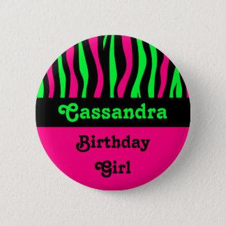 De gestreepte naam van de patroonverjaardag ronde button 5,7 cm