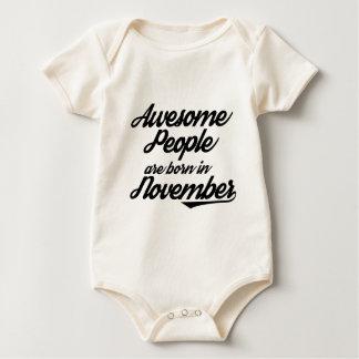 De geweldige Mensen zijn geboren in November Baby Shirt