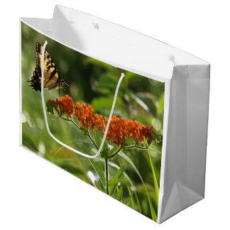 De giftzak van het Close-up van de vlinder grote, Groot Cadeauzakje