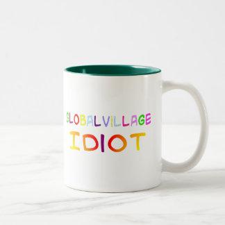 De globale Idiot van het Dorp Tweekleurige Koffiemok