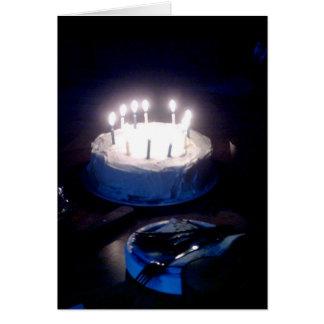 De gloeiende Kaart van de Cake van de Verjaardag