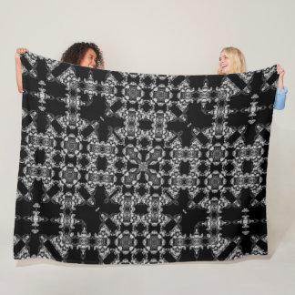 De gotische Zwarte & Zilveren Maaimachine Mandala Fleece Deken