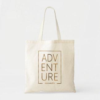 """De gouden Folie """"AVONTUUR wacht"""" op Typografie Draagtas"""