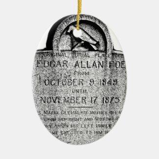De Grafsteen van Edgar Allan Poe. De griezelige Keramisch Ovaal Ornament