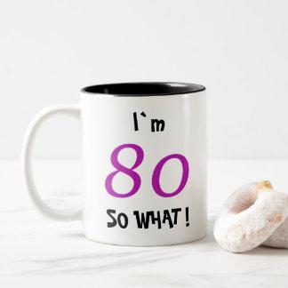 de Grappige Gift van de 80ste Verjaardag voor haar Tweekleurige Koffiemok