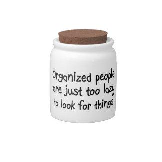 De grappige organisatie citeert de giften van het porseleinen snoeppot