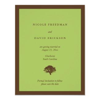 De groene eiken boom van de huwelijksaankondiging 10,8x13,9 uitnodiging kaart