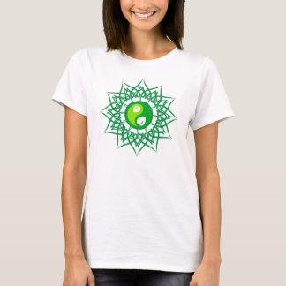 De groene Ster met Groen doorbladert Yin Yang T Shirt