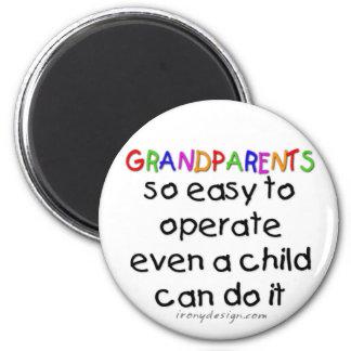 De grootouders houden van magneet