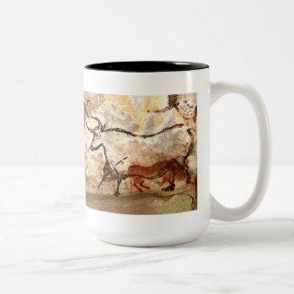 De Grotschildering van Lascaux: Stieren Tweekleurige Koffiemok