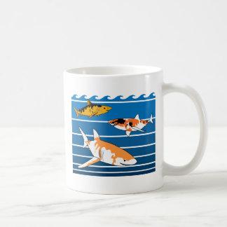 De Haaien van Koi Koffiemok