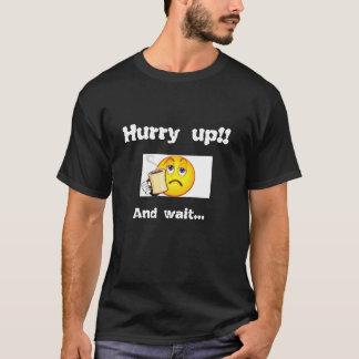 De haast omhoog en wacht!  Bored emoticon. T Shirt