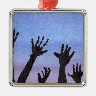De Handen van de zombie bij Schemer Zilverkleurig Vierkant Ornament