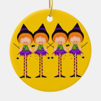 De Heksen van Halloween sieren Rond Keramisch Ornament
