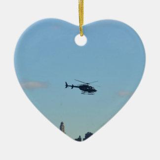 De Helikopter van het Sightseeing van New York Keramisch Hart Ornament