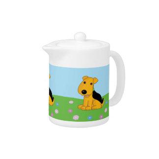 De Hond van Airedale Terrier van Smiley in de Pot