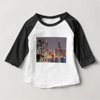 De Horizon van de Nacht van Brisbane Baby T Shirts
