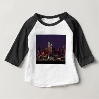 De Horizon van de Nacht van Dallas Baby T Shirts