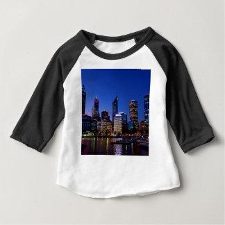 De Horizon van de Nacht van Perth Baby T Shirts