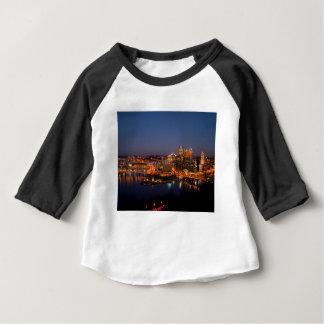 De Horizon van de Nacht van Pittsburgh Baby T Shirts