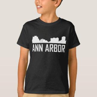 De Horizon van de Stad van Ann Arbor Michigan T Shirt