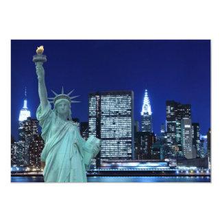 De horizon van de Stad van New York bij de Lichten Kaart