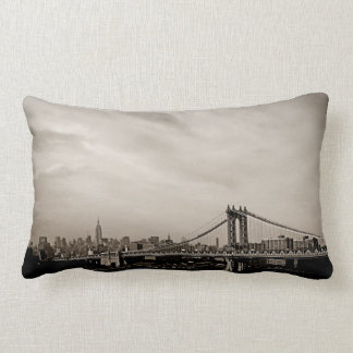 De Horizon van de Stad van New York en de Brug van Lumbar Kussen