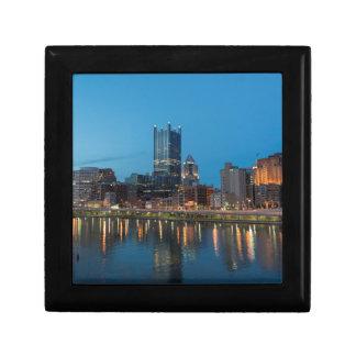De Horizon van Pittsburgh bij Schemer Vierkant Opbergdoosje Small