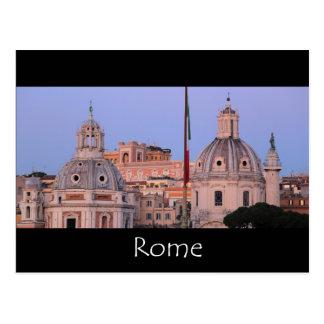 De horizon van Rome bij schemer Briefkaart