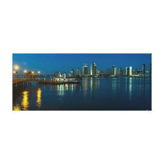 De Horizon van San Diego bij nacht van Coronado Canvas Print