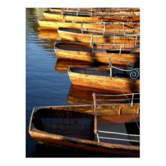 De houten Boten van de Rij op Derwentwater Briefkaart