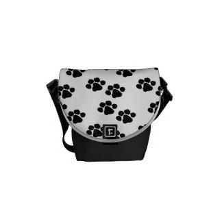De huisdieren handtastelijk worden Print Courier Bags