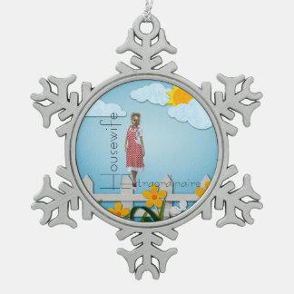 De Huisvrouw Extraordinaire van het T-SHIRT Tin Sneeuwvlok Ornament
