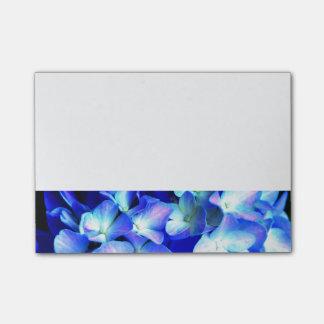 De Hydrangea hortensia's van Tanzanite Post-it® Notes