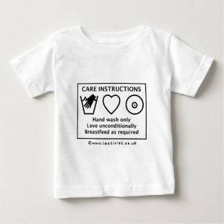 De instructies van de zorg baby t shirts