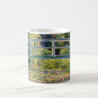 De Japanse Brug van Monet met de Mok van Waterleli
